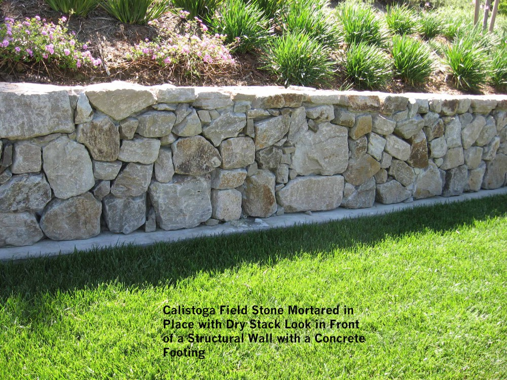 Dry Stack Fieldstone Retaining Wall : Calistoga field stone mortared in place with dry stack